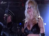 Pamela Anderson – Barb Wire